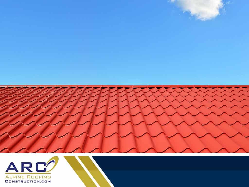 Minimizing Heat Gain: Solar Reflectivity and Your Roof